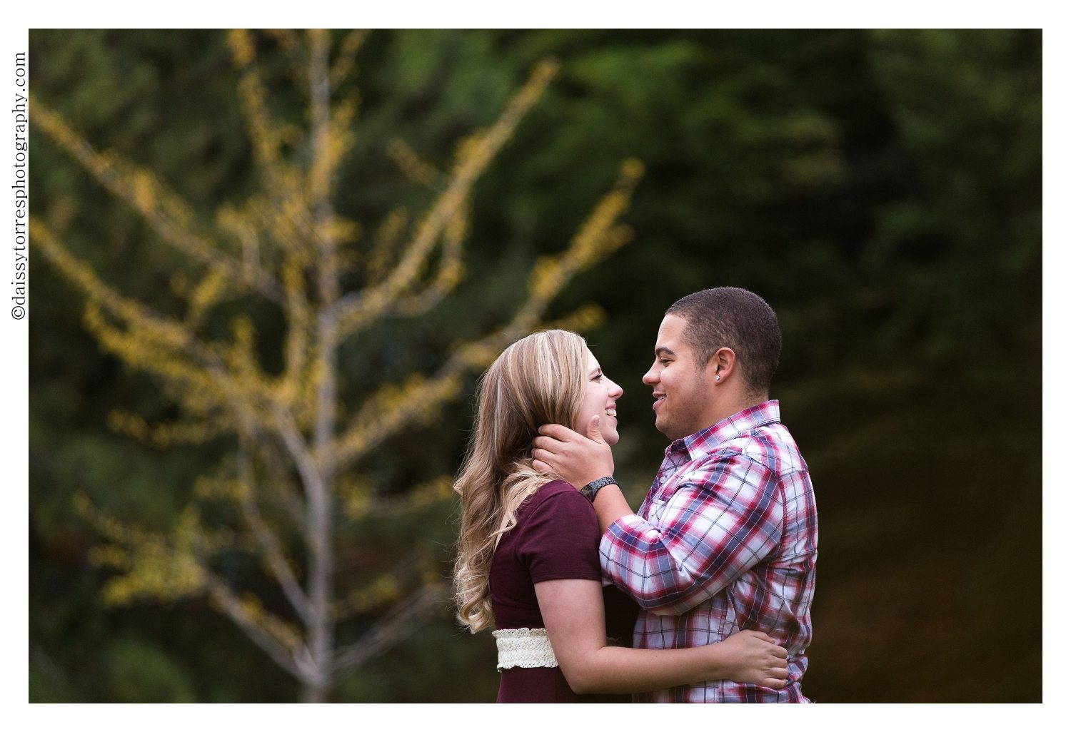 7 sure ways to make your engagement photos suck 4